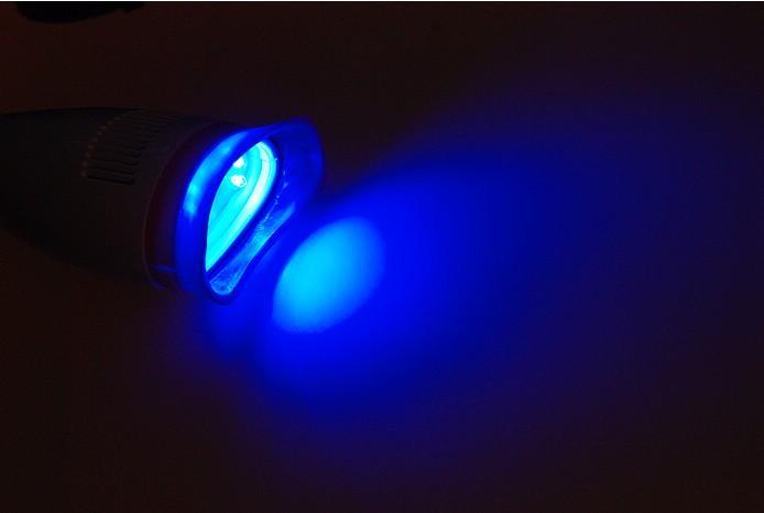 歯面漂白用加熱装置・歯科用ホワイトニング装置C-Bright-I アーム